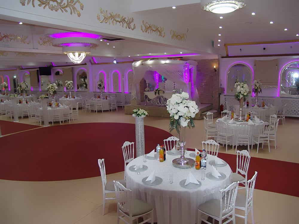 Hochzeitssaal Frankfurt Hochzeit Henna Beschneidung